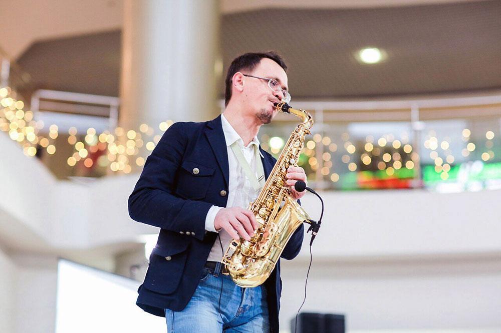 Саксофонист, дирижер Концертного духового оркестра г.Чебоксары